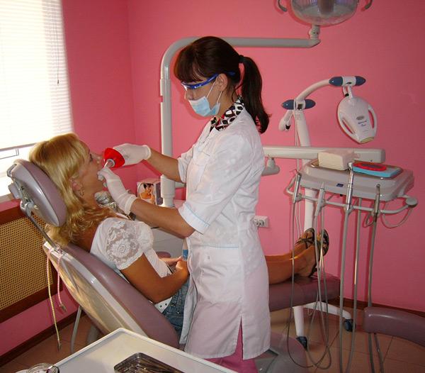 лечение зубов, терапия в Тамбове, пломбы, лечение каналов - стоматология Авонстом, г. Тамбов